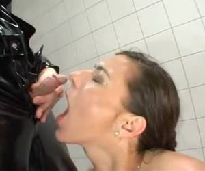 kinky couple rend sucking dicks, bondage